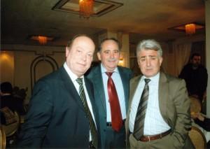 Ο Υγειονομικός Σύμβουλος της Περιφέρειας Πιερίας και ο ιατρός Χριστογιάννης Δημήτριος με τον Πρόεδρο του Συλλόγου.